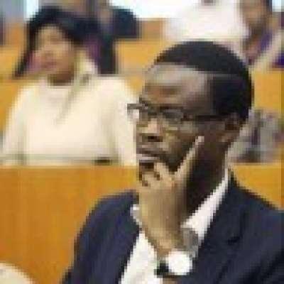 Chronique des palais moribonds : du Centrafrique au Faso, en passant par le Burundi et Kinshasa