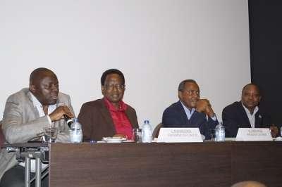 REPORTAGE PHOTOS:  Conférence publique animée par Léonard NYANGOMA et Alexis SINDUHIJE