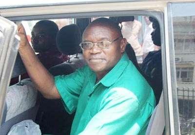 Liberté sous caution pour Frédéric Bamvuginyumvira