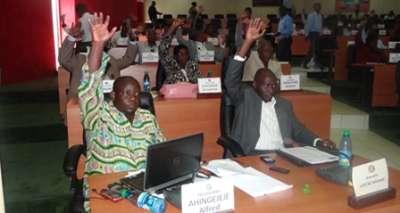Assemblée nationale: le Projet  de loi d'amendement de la constitution rejeté